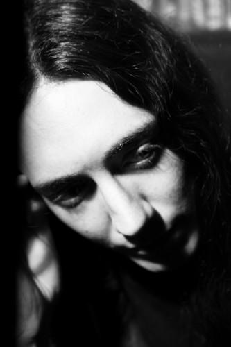 http://www.angrymetalguy.com/wp-content/uploads/2010/04/Alcest_Neige-333x500.jpg