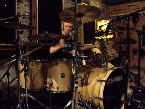 Warby layin' down drums