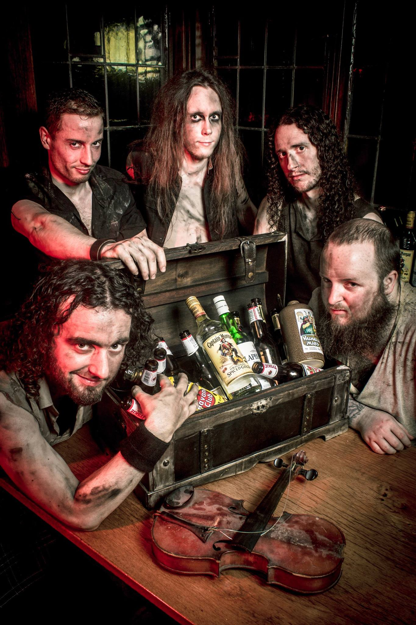 Alestorm - Sunset on the Golden Age 02