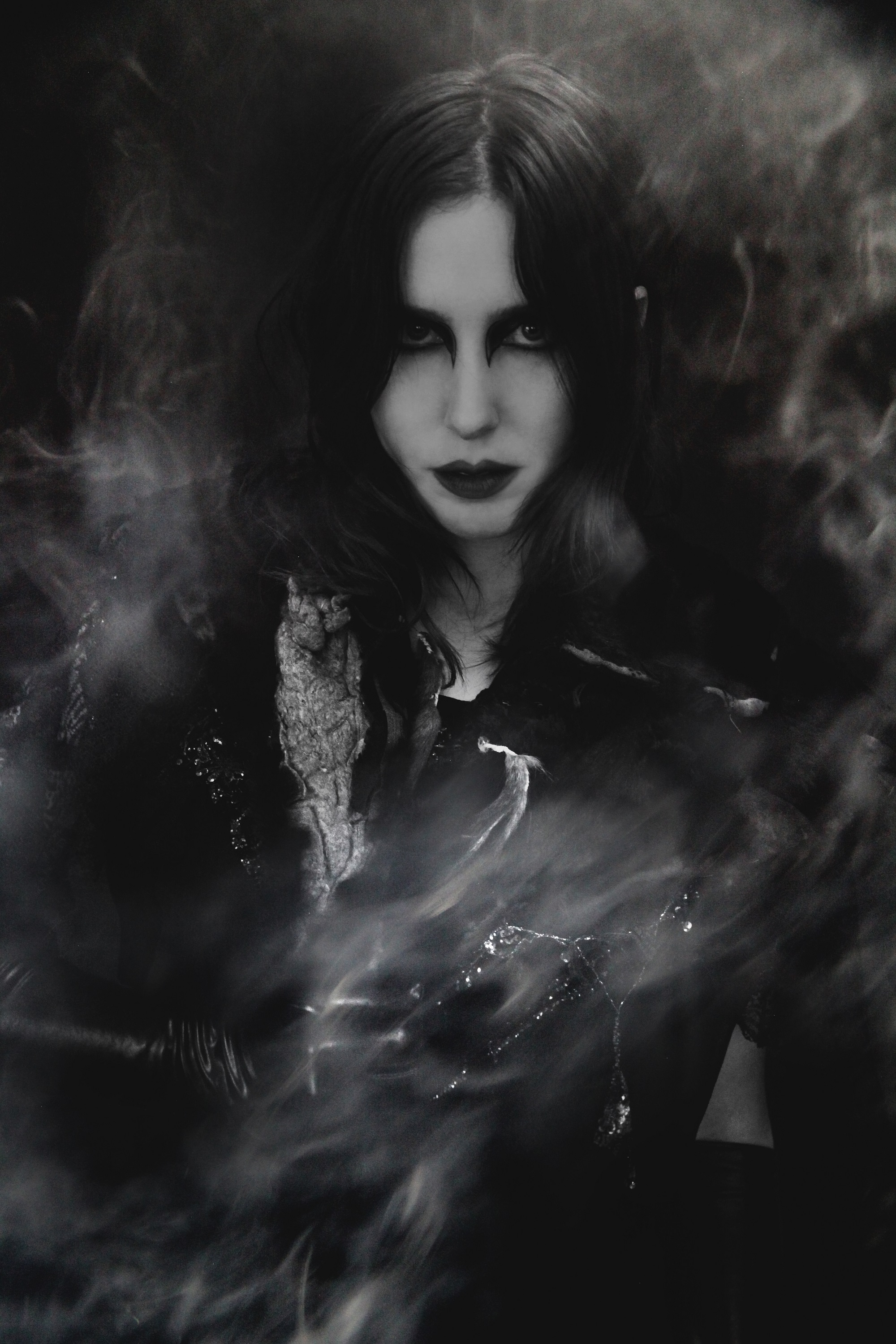 Chelsea Wolfe - Abyss 02