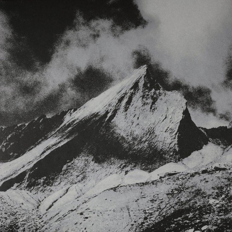 Turia – Degen van Licht Review